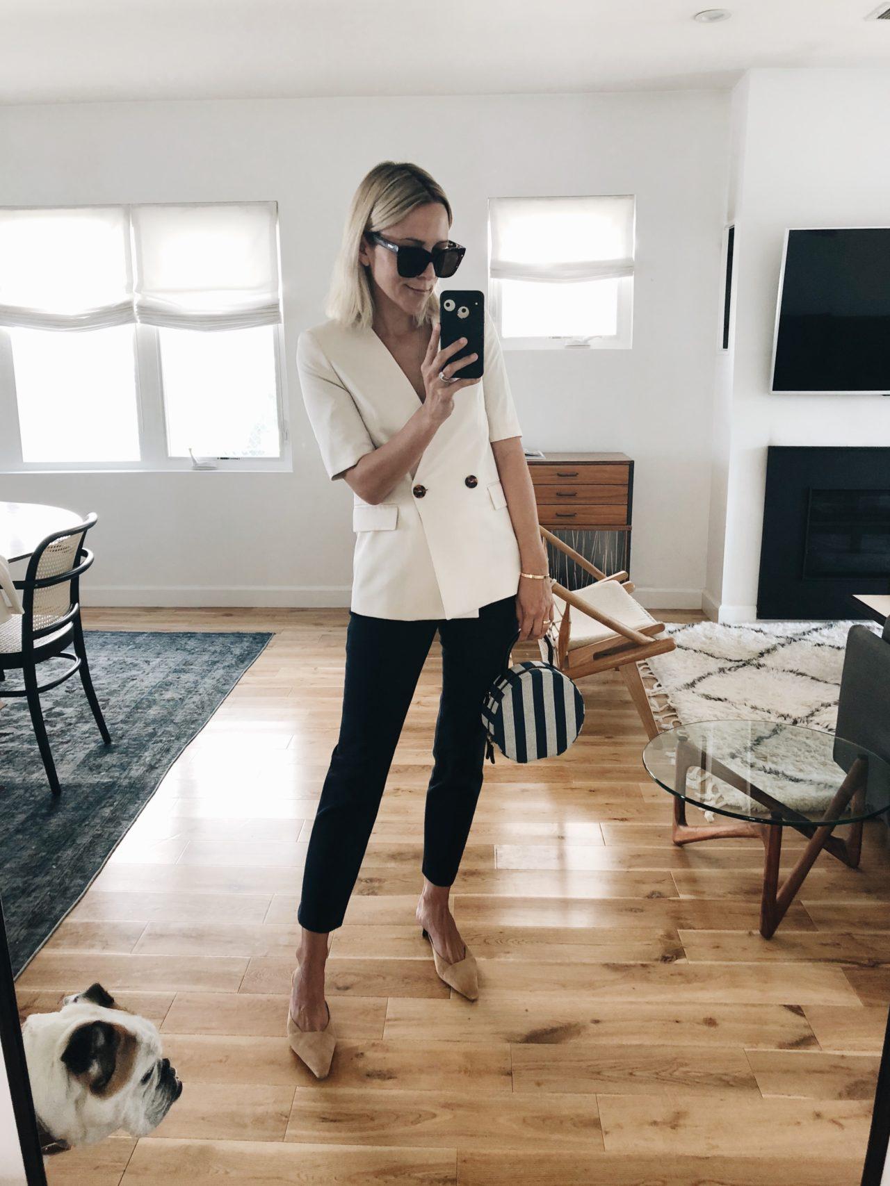 blogger Damselindior mặc áo blazer tay ngắn