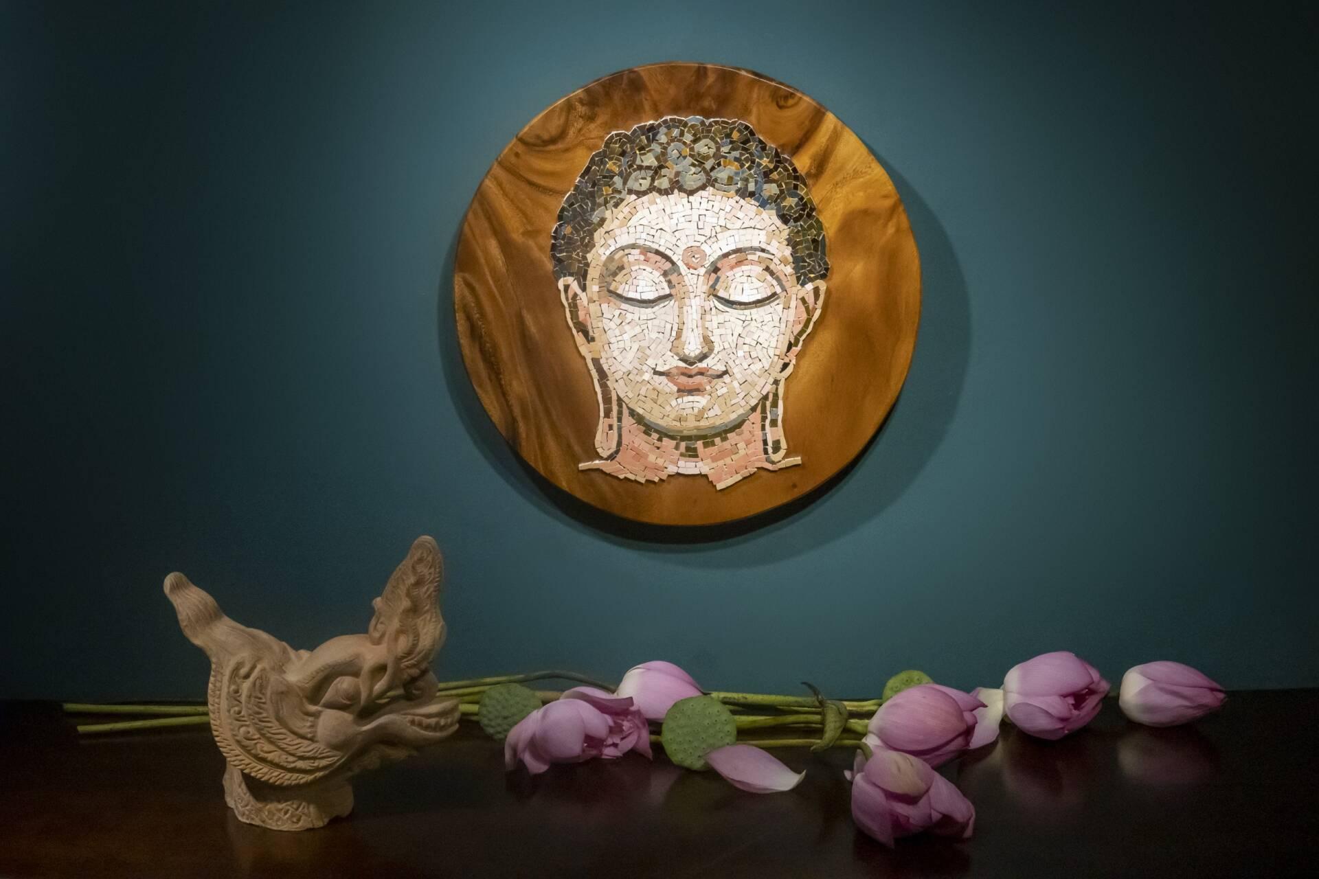 Tranh Phật Buddha là tác phẩm mới nhất của anh Cường.
