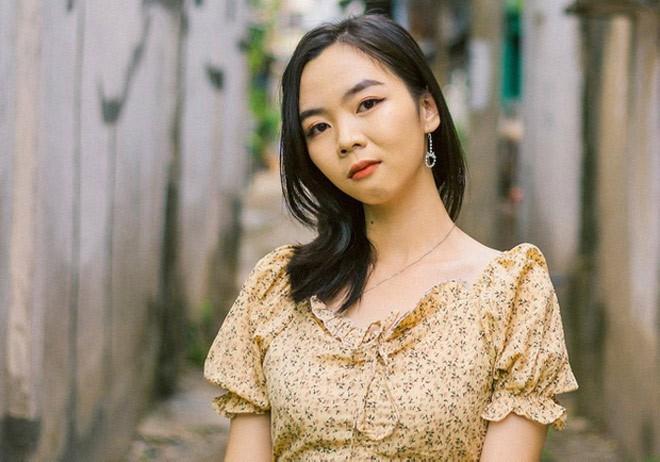 Dương Ngọc Trâm (học sinh THPT Chu Văn An, An Giang) chủ nhân của một trong ai điếm 10 duy nhất môn Văn trong kì thi tốt nghiệp THPT 2020. Ảnh: Pháp luật & Bạn đọc.