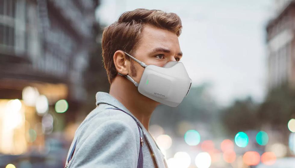 Khẩu trang LG lại lọc không khí từ bên ngoài, dễ dẫn đến nguy cơ lây nhiễm COVID-19. Ảnh: LG Electronics