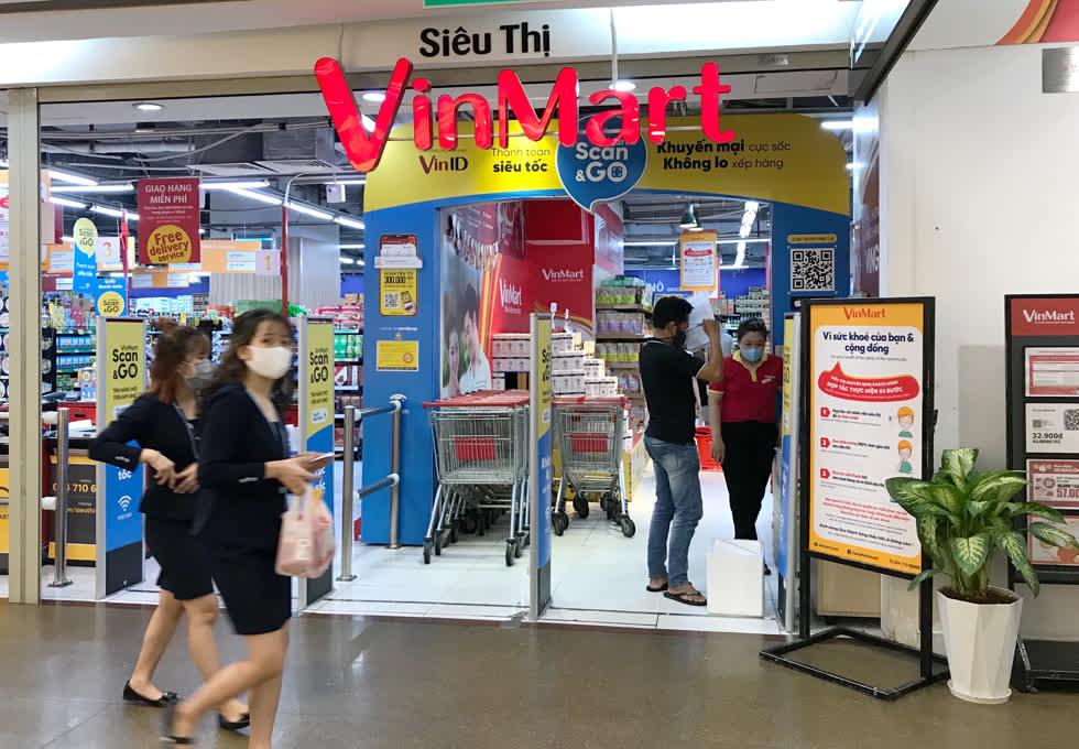 Trong quý II/2020, doanh thu của hệ thống siêu thị VinMart giảm gần 15% so với cùng kỳ năm ngoái. Ảnh: Nguyên Phương.