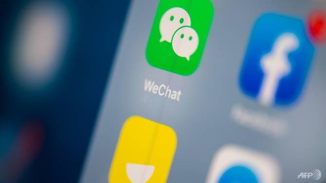 Trung Quốc dọa tẩy chay Apple nếu Mỹ cấm WeChat