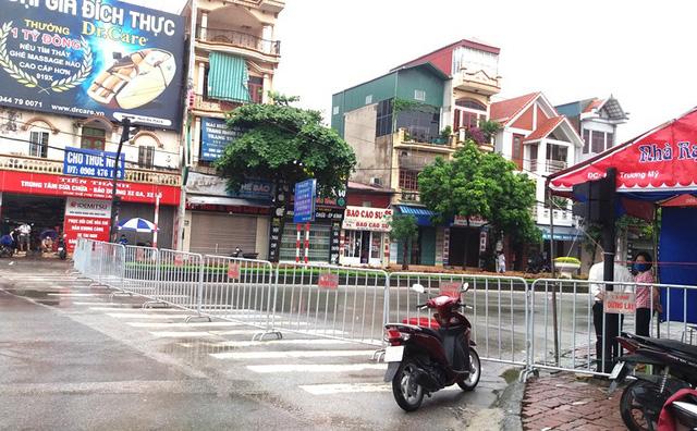 Với cụm ca nhiễm tại Hải Dương, chiều 16/8, UBND tỉnh Hải Dương quyết định thiết lập vùng cách ly y tế 28 ngày với 3 cụm dân cư ở TP Hải Dương. Ảnh: GĐ&XH
