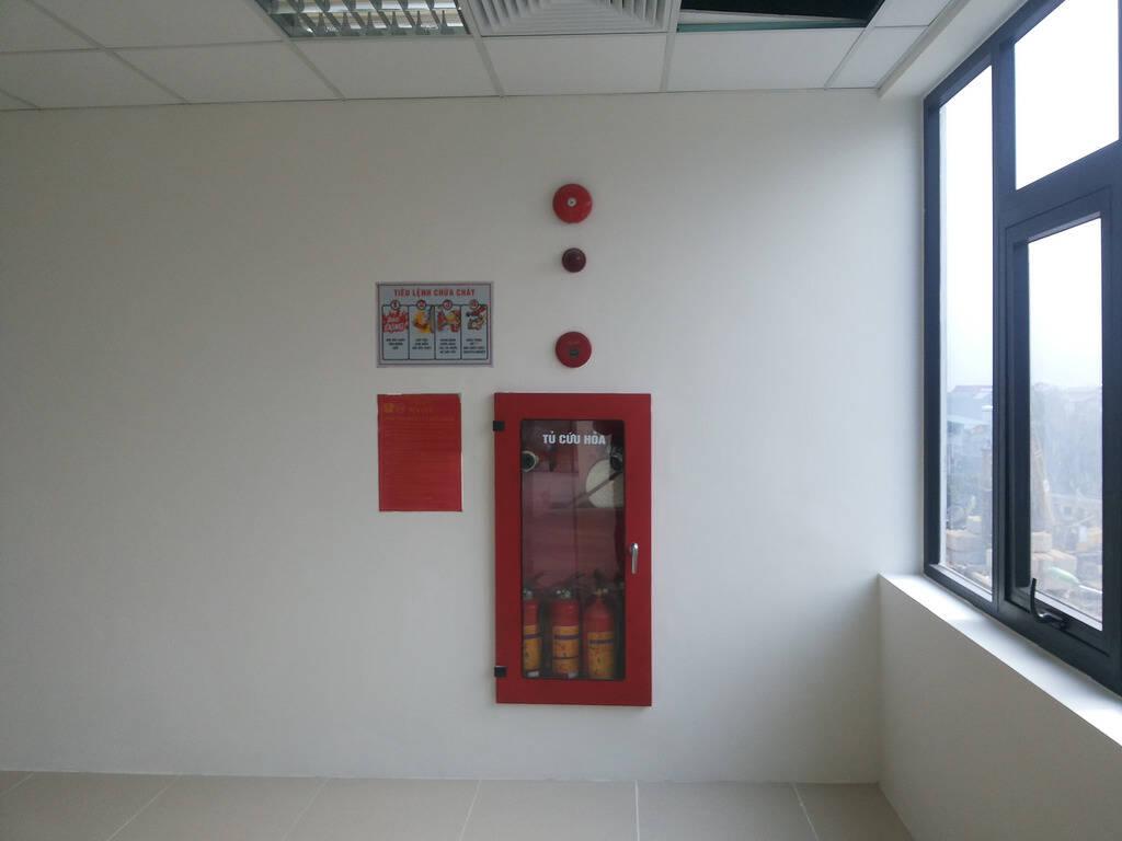 Hệ thống phòng cháy chữa cháy cơ học cũng phải được đảm bảo như hệ thống bể chữa cháy, hộp chữa cháy, vòi chữa cháy…