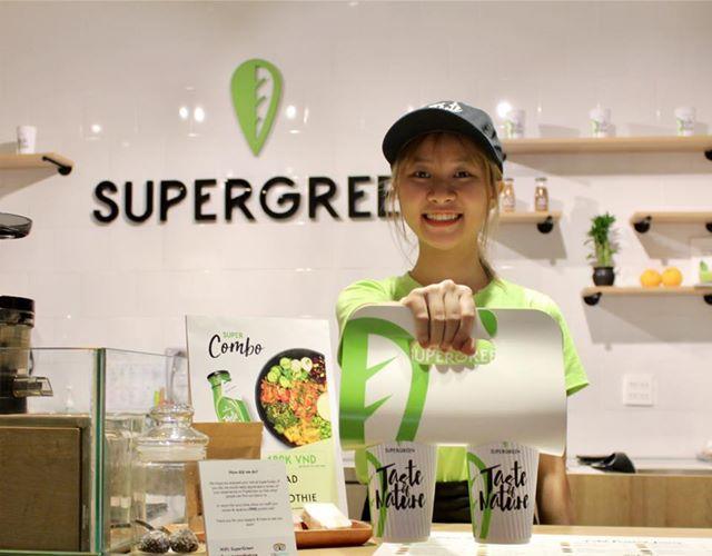 SuperGreen là quán chuyên về sinh tố, nước ép và salad. Ảnh: FB SuperGreen