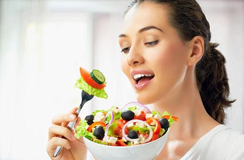 Xây dựngchế độ ăn uống hợp lý để giảm cân.