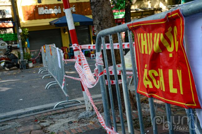 Riêng tại phường Văn Miếu, tính đến 12h ngày 21/8, 22 ca dương tính SARS-CoV-2