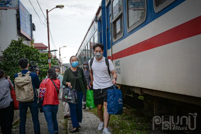 Chuyến tàu đầu tiên từ Hải Phòng về Hà Nội chính thức hoạt động sau đợt giãn cách