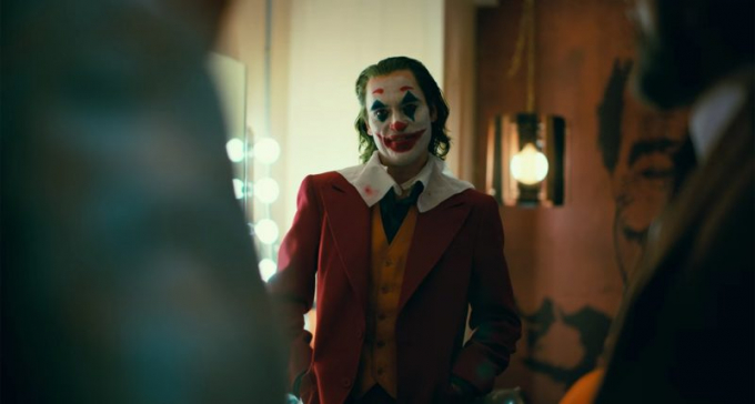 Joker: Khi cái ác khiêu vũ với cuộc đời!