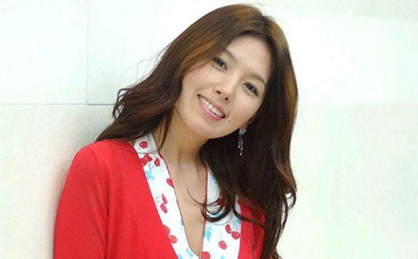 Lee Eun Joo xuất thân từ người mẫu nhưng lại bén duyên với nghiệp diễn từ sớm