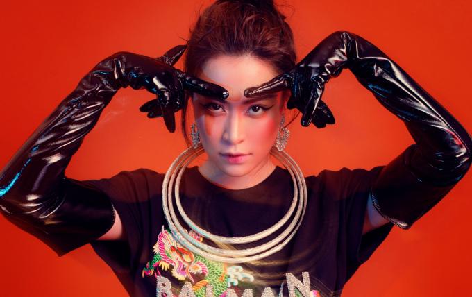 Hình ảnh mới nhất của Hoàng Thùy Linh trong album Vol3