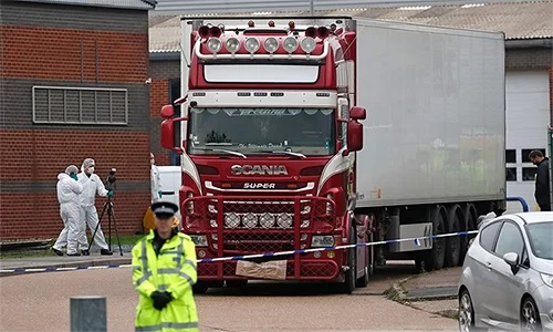 Thảm kịch 39 người chết trong container ở Anh đã phơi bày tình trạng nhập cư lậu vào châu Âu