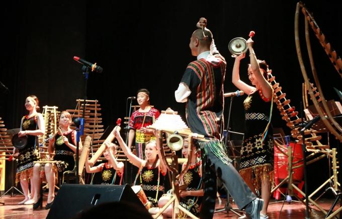 Các nghệ sỹ sẽ trình diễn những tác phẩm âm nhạc cổ điển phương Tây bằng nhạc cụ làm từ tre nứa Việt Nam