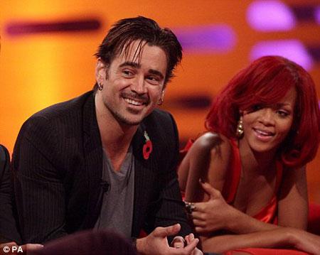 ...và nữ ca sĩ sexy Rihanna