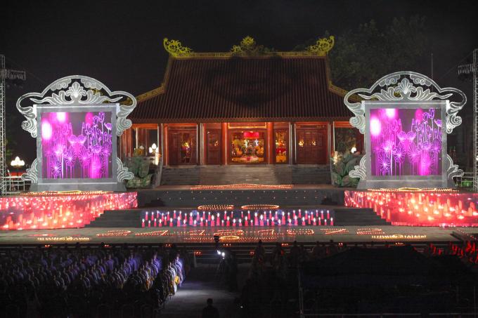 Lễ cầu siêu 60 liệt sĩ thanh niên xung phong hi sinh đúng đêm Noel tại khu di tích tưởng niệm Thanh niên xung phong đại đội 915, tỉnh Thái Nguyên