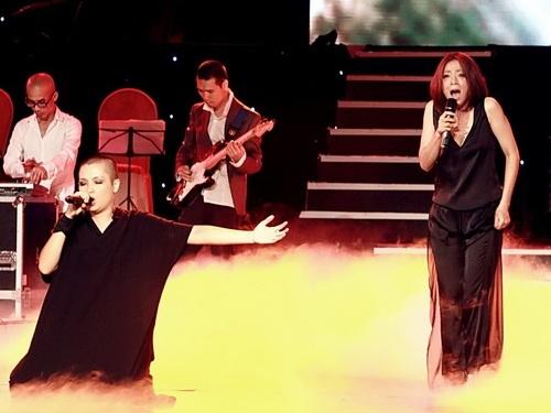 Nhóm Đại Lâm Linh biểu diễn gây tranh cãi trên sân khấu Bài hát Việt.