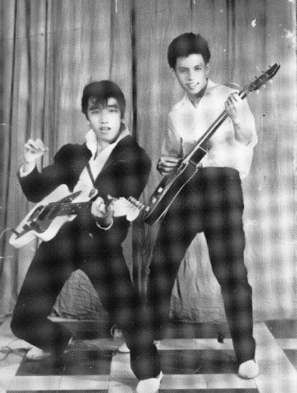 Elvis Phương và Nguyễn Trung Cang