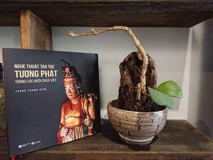 """""""Nghệ thuật tạo tác tuợng Phật trong các ngôi chùa Việt"""" - Một trong hai cuốn sách mới ra mắt của Trang Thanh Hiền"""