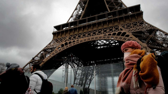 Nhật ký #cáchlyxãhội: Paris những ngày đầu phong tỏa