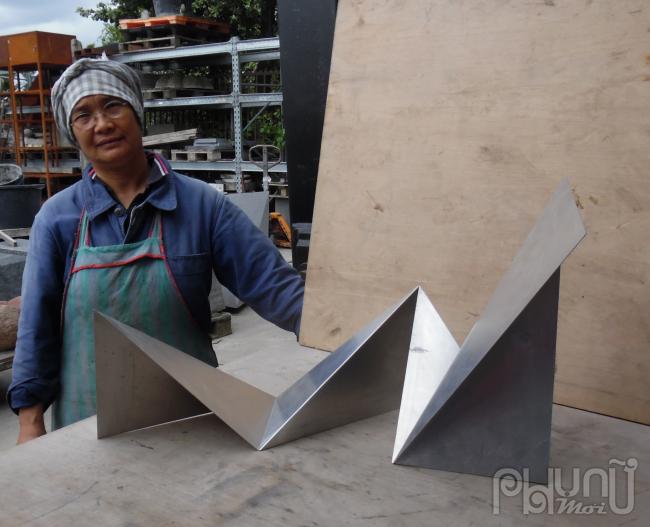 Nhà điêu khắc Lê Thị Hiền
