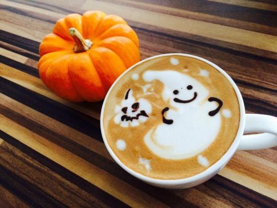 Thức uống ngon lành cũng được trang trí theo chủ đề Halloween.