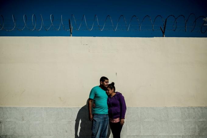 Osman Guillén và Lillian Menéndez đi từ Honduras đến Reynosa ngay sau khi kết hôn.