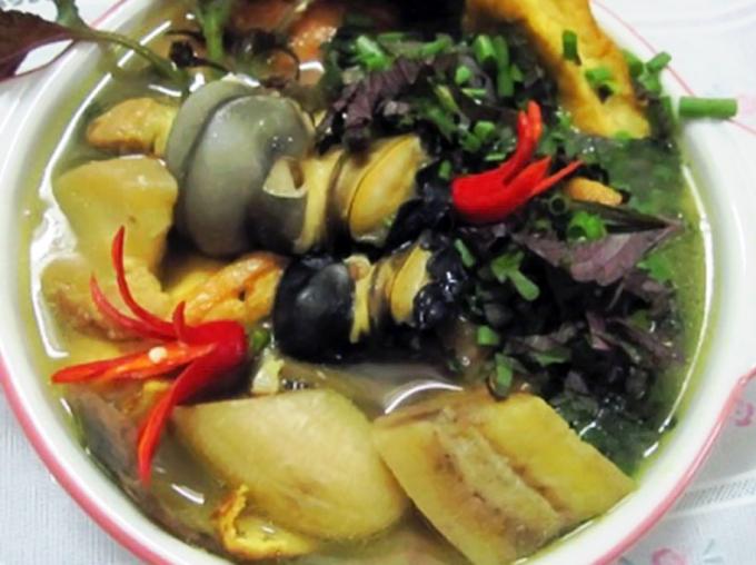 Tất cả nguyên liệu hòa quyện với nhau thành món ốc nấu chuối đậu ngon tuyệt!