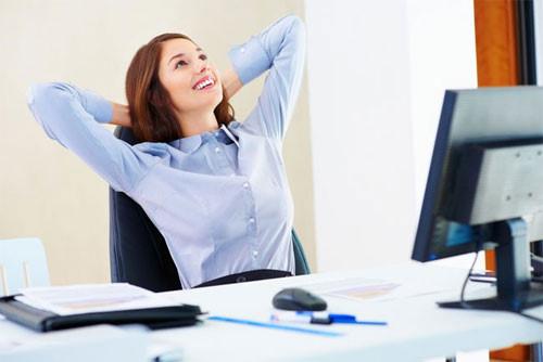 Nghỉ giải lao sau mỗi nửa giờ vìmắt của bạn cần được nghỉ ngơi.