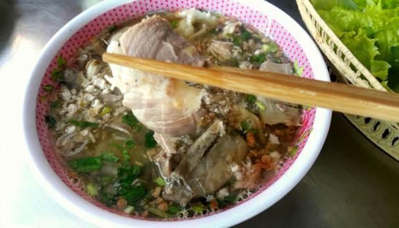 Tiệm hủ tiếu Nam Vang Phú Quí, tinh hoa ẩm thực từ lịch sử