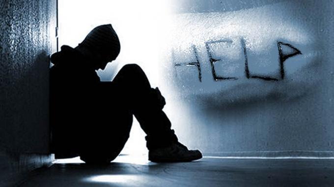 Tại Việt Nam, cứ 10 người trầm cảm nặng thì 4 người có ý định tự sát và một trong số đó đã tự sát nhưng thất bại.