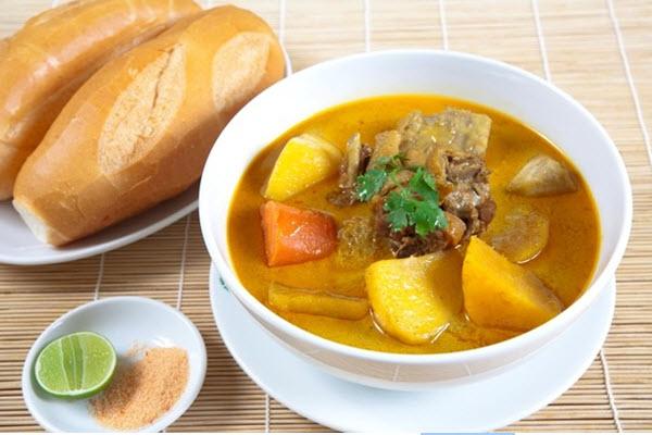 Ở Việt Nam, cà ri chủ yếu được làm gia vị trong chế biến món ăn.