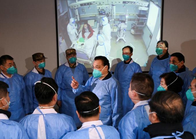 Tổng cộng có 15 nhân viên y tế đã bị viêm phổi do virus corona