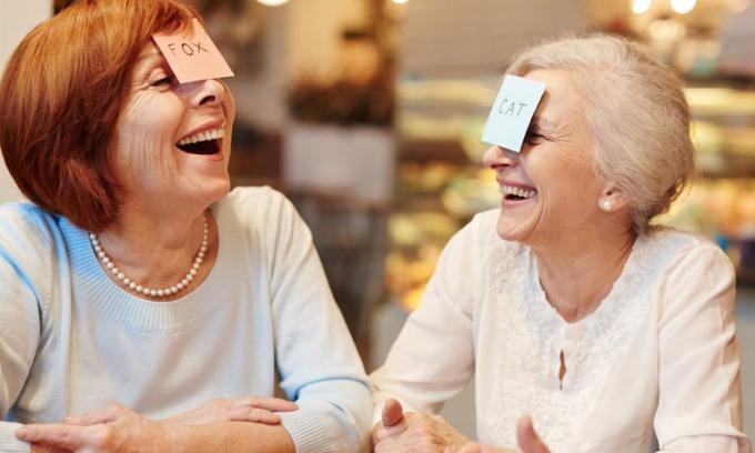 Người cao tuổi nêntránh xa căng thẳng, nghỉ ngơi nhiều để có hệ miễn dịch tốt.