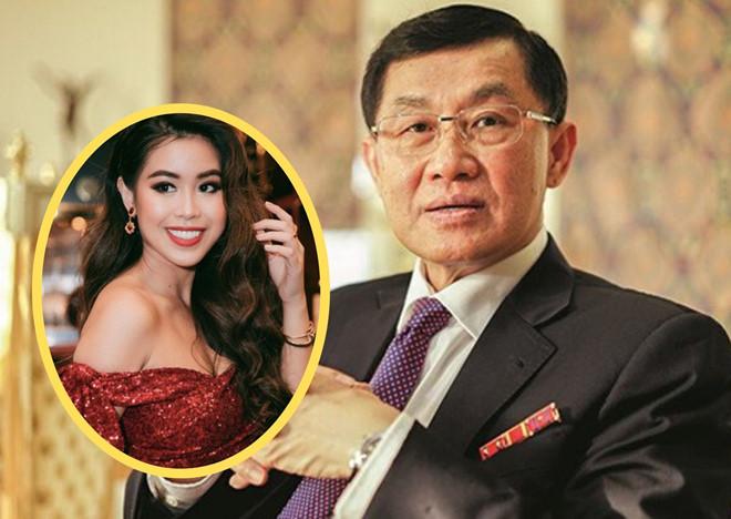 Ông Johnathan Hạnh Nguyễn đã thuê hẳn chuyên cơ riêng để đưa con gái Tiên Nguyễn về Việt Nam.