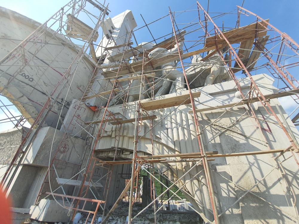 Theo ông Hà, nguồn kinh phí để xây dựng tượng đài là từ ngân sách tiết kiệm của huyện.