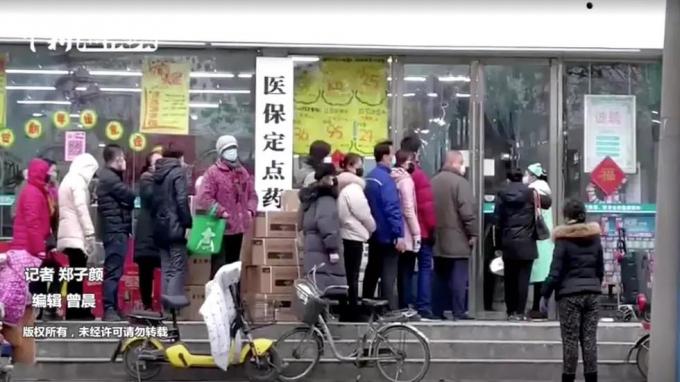 COVID-19 làm lộ rõ những trục trặc của xã hội Trung Quốc.Ảnh: Reuters