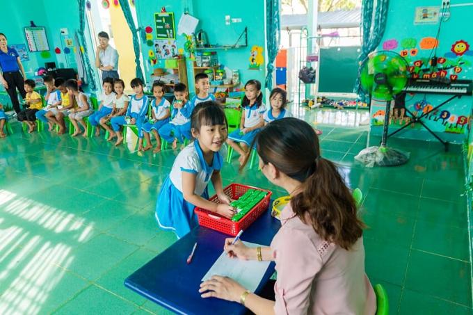 Chương trình sữa học đường đang phát huy những lợi ích tích cực trongviệc chăm sóc dinh dưỡng cho học sinh mầm non và tiểu học tại nhiều tỉnh thành.