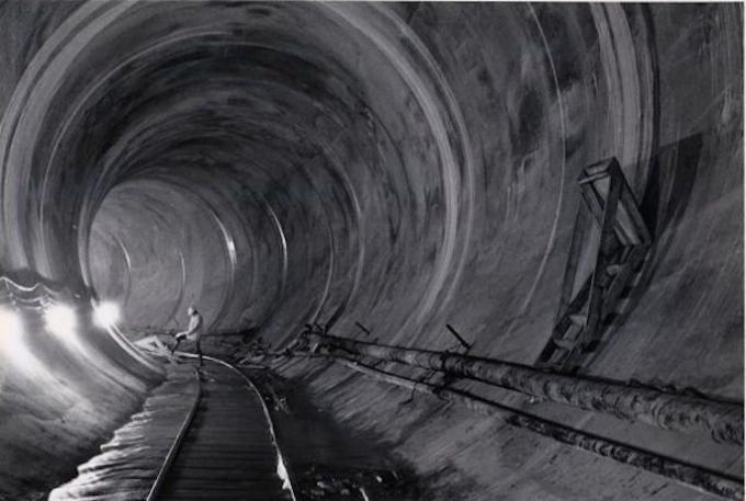 Bên trong một đường ống dẫn nước ở New York