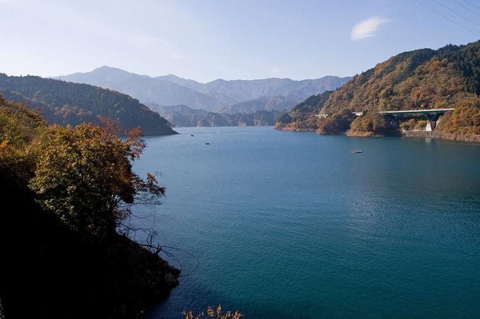 Hồ nhân tạo Myyagase, chứa nước cung cấp cho Tokyo và Yokohama