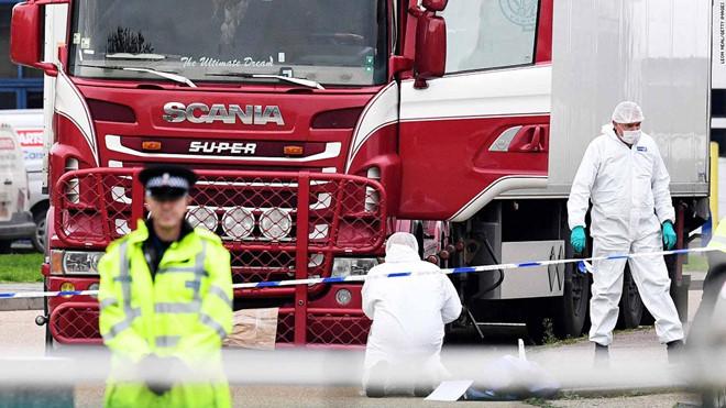 39 thi thể đã đông cứng trong xe tại Essex (Anh)