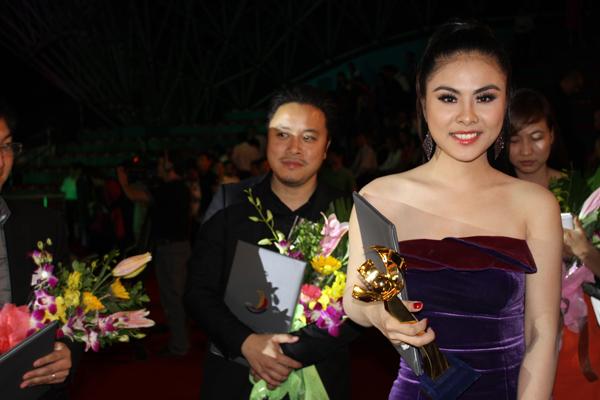 Victor Vũ và Vân Trang có một LHP thành công năm 2013