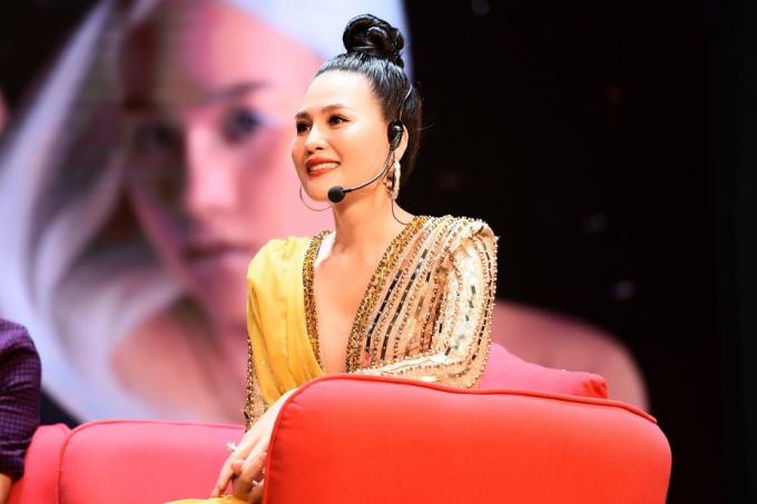 Giọng ca người Thái Bình hiện đang là giảng viên ĐH Văn hóa nghệ thuật Quân đội