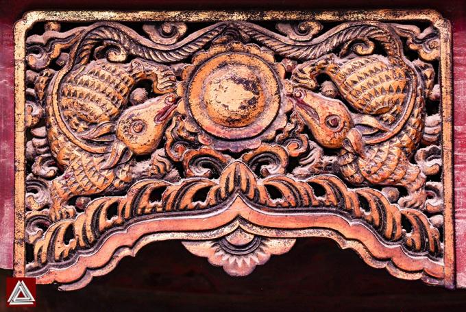 Chạm khắc ở đình Vẽ (Hà Nội), phong cách nghệ thuật Mạc- đầu thế kỷ 17/ Ảnh: Hiếu Trần