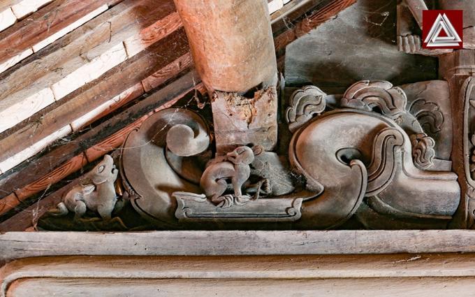 Chạm khắc phong cách nghệ thuật thế kỷ 18 ở đình làng Viễn Sơn (Tiên Lục, Lạng Giang, Bắc Giang)/ Ảnh: Hiếu Trần