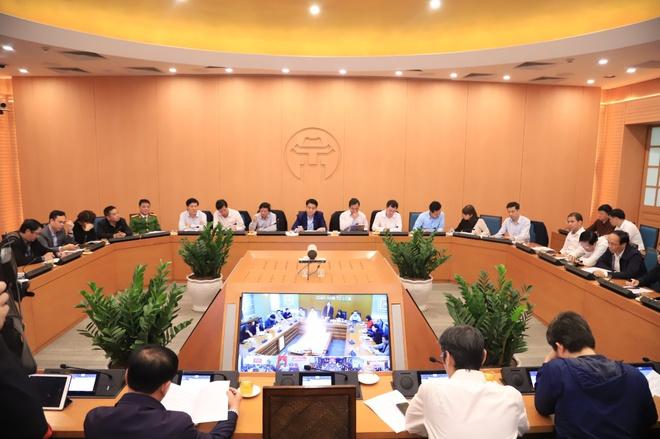 Hà Nội họp khẩn trong bối cảnh số ca nhiễm ở Hàn Quốc tăng cao trong ngày 23/2. Ảnh: Zing.vn