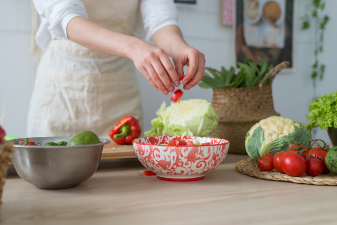 Chế độ ăn uống lành mạnh góp phần mang đến sự thay đổi tích cực về sức khỏe.