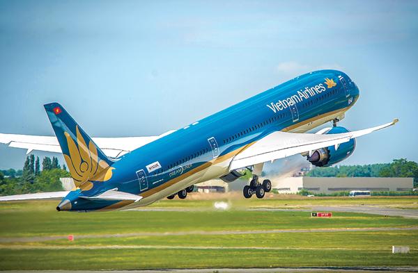 Vietnam Airlines khai trương đường bay TP.HCM - Bali