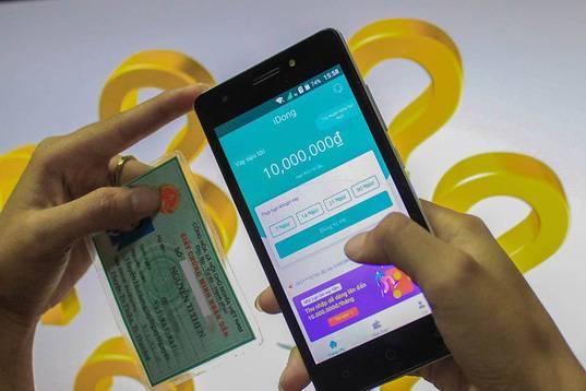 Cục Cạnh tranh và Bảo vệ người tiêu dùng khuyến cáo người dùng cẩn trọng khi vay tiền trực tuyến