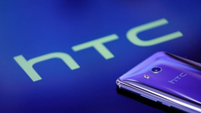 HTC sẽ trỗi dậy từ đống tro tàn?