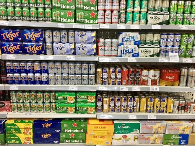 Thị trường bia ế ẩm, sức mua giảm 40-50%
